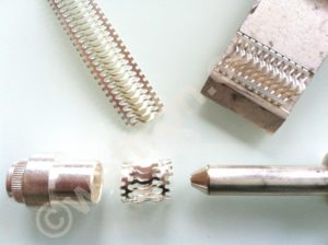 louvered contact band for high power connectors